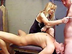 Bisexuel travail Dominatrice Faux