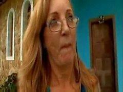 brasiliani nonna di Simone cazzo duro