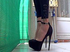 Legging & heels