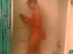 Çad Çad Don bir duş ne tadını çıkarmak adil masum bir oğlan