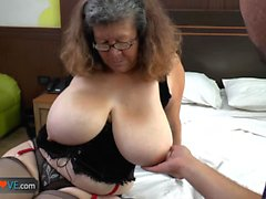 Delivery boy fuck with old granny with big boobs