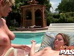 Hot lesbians Jassie and Kyle G. Worthy keep themselves cool
