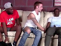 Amateur interracial 3way