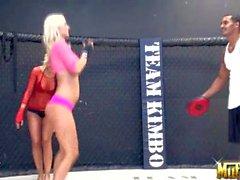 Unglaublicher sexy Boxer Mollys Cavalli und Jana Cova