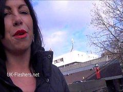 Exhibitionist amateur Gina Lynns public flashing