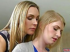 Allie James licks strict pianoteacher