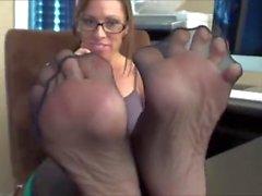 Goddess Nicki Sexy Mature Feet