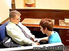 Ett kostnads gay tonåring jämfört gubbe clipset ladda ner Han