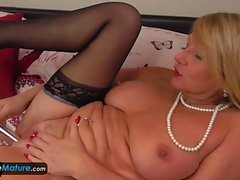 Hot Lacey Starr and old sexy Mature on the couch