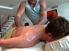 Tief analen durchdringende Massage part2