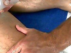 Cachas obtiene una profunda de perforación de anales a partir de terapeuta de masaje alegre