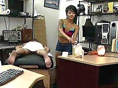 Massaggi seguita da un scopata in Pawnshop