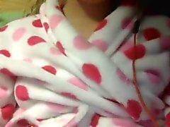 19yo teen girl has an orgasm on webcam