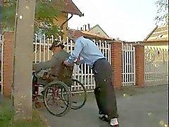 De Oldman discapacitados puta Adolecente