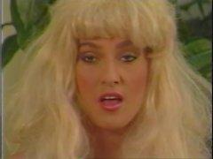 De tania Foxx - Tres Men and a Barbi 1,988