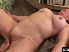 Lucky guy bangs a chubby cougar