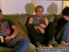 Guys ersten Orgasmus Homosexuell Porno-Video und zum ersten Mal mit Schwester