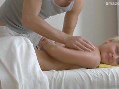 Sexy gf tit sucking
