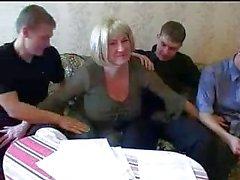 Mutter und drei Söhne Heiß Familie Sex Orgy