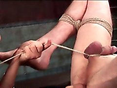 Erkek sex kölen kıç ciddiye almadılar ve göğüslerin kirpik