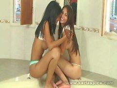 Karla Spice den lesbiska Med Friend