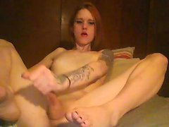 Amateur shemale solo for webcam