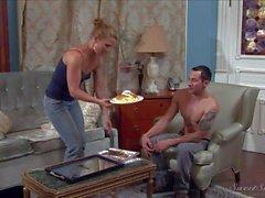Cheating Nica seduces her gym partner