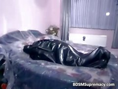 Couple in latex banging on sofa in BDSm part5