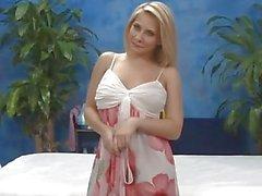 Madison Ivy wird verführt und gefickt während der Massage