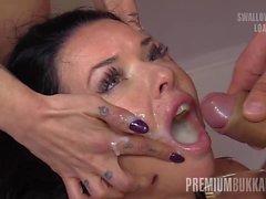 Bukkake Premium - Veronica Avluv engole 61 c de boca grande