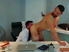 muscle fétiche gay avec la vidéo Ejaculation