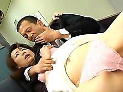 De Miki e de mãe tem racha peludos e as foz fodido pelo dos homens