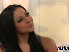 Audrey Bitoni reçoit un éperonnage sensuelle
