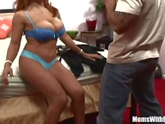 Ebony MILF Sienna West em uma Meet-Up e Fuck