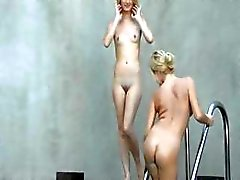 Incredible blondies licking snatches