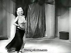 Mae Blondell Adores Being Seductive