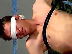 Europäischen Homosexuell Junge Pornos jung spanner verbundenen Augen masturbieren