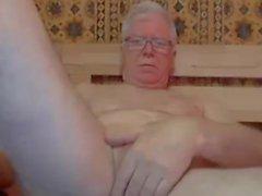 golpe de abuelo y jugar en la webcam