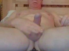 Opa Schlaganfall und spielen auf Webcam