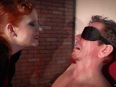 Seksiorja My Pleasure Lady Fyre Femdom Dominatrix