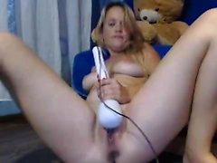 A webcam amadora masturba Hilton