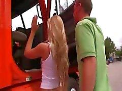 Tenn college tieners neuken in auto