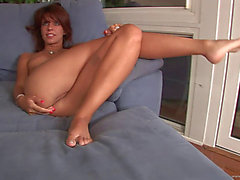 Excited solo model gives hairless bawdy cleft a hardcore fingering