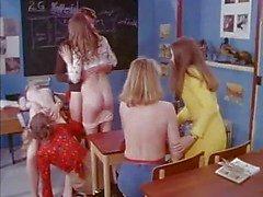 MF 1701 - Os Schoolgirls