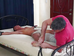 Oriental Twink Javey Likes Getting Tickled