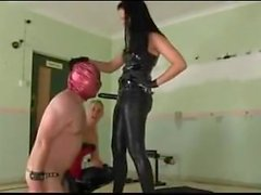 Dominantes Babes a mais Sissy Slave 19 no fem69