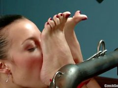 Tsekkiläinen seksikäs Feet kumarra ja rukoile Jana Cova