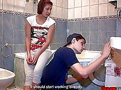 Lehren, dass Bitch - Arschfick auf eine Waschmaschine