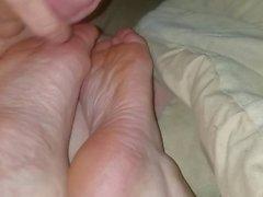Cumming on feet