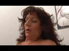 AB-IWEcZR mature italian big tits brunette milf nodol3